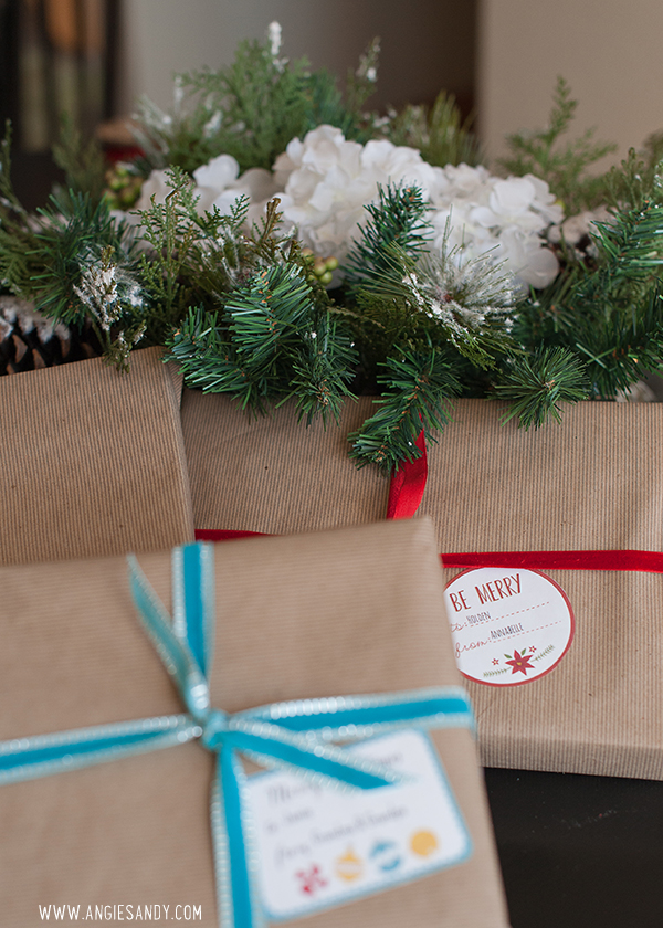 angie-sandy-christmas-labels-3