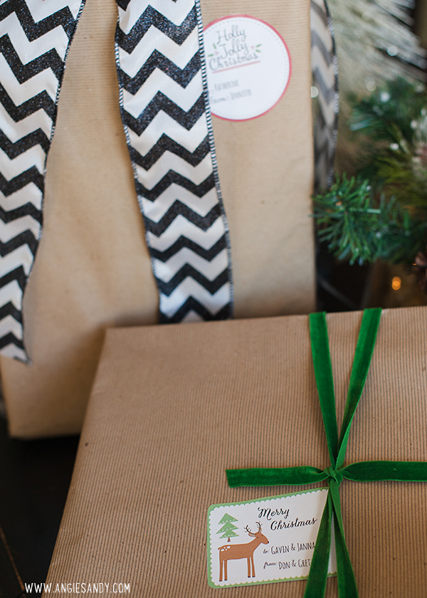 angie-sandy-christmas-labels
