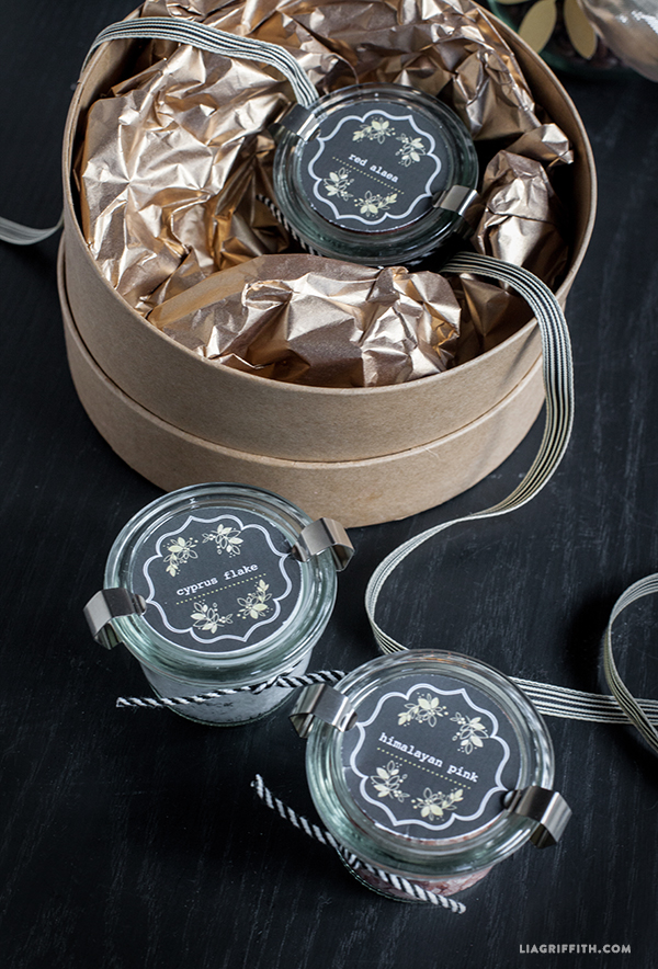 http://blog.worldlabel.com/wp-content/myfiles/2014/12/Gourmet_Salt_Printable_Labels.jpg